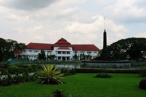 Travel Dari Batu Malang Ke Bandara Juanda – 085655500862